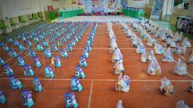 تصویر از اهدای 5 هزار بسته تحصیلی، معیشتی و بهداشتی به دانش آموزان و مدارس نیازمند
